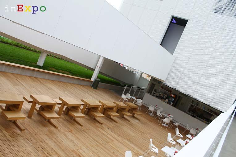 tavoli ristorante lituano in Expo