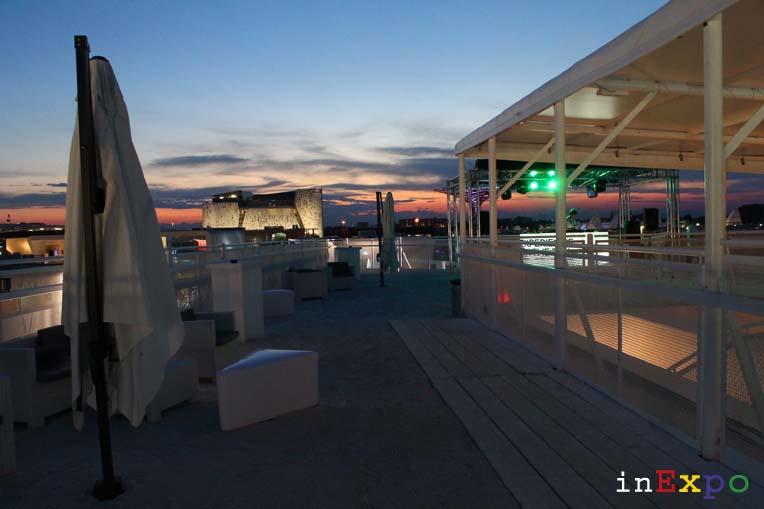 Rosso Beach terrazze ristorante e locali all'aperto in Expo