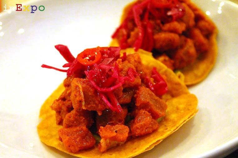 Tostada de Atun Pibil ristorante messicano Besame Mucho in Expo