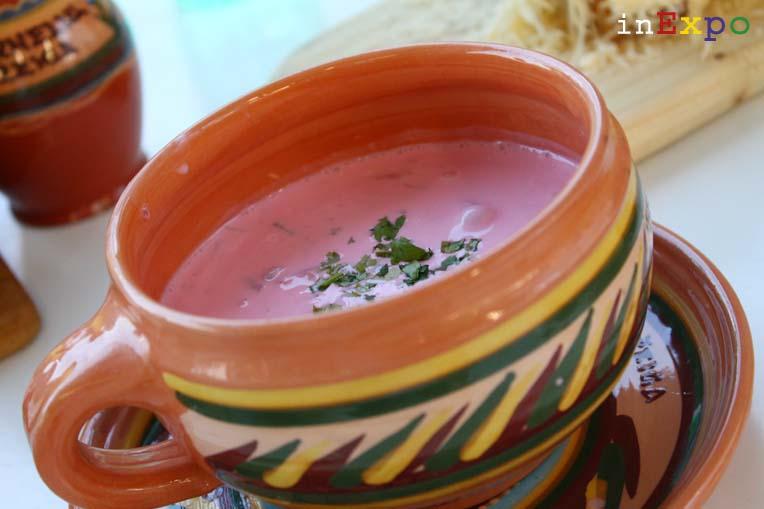 Saltibarsciai  zuppa di barbabietole ristorante lituano in Expo