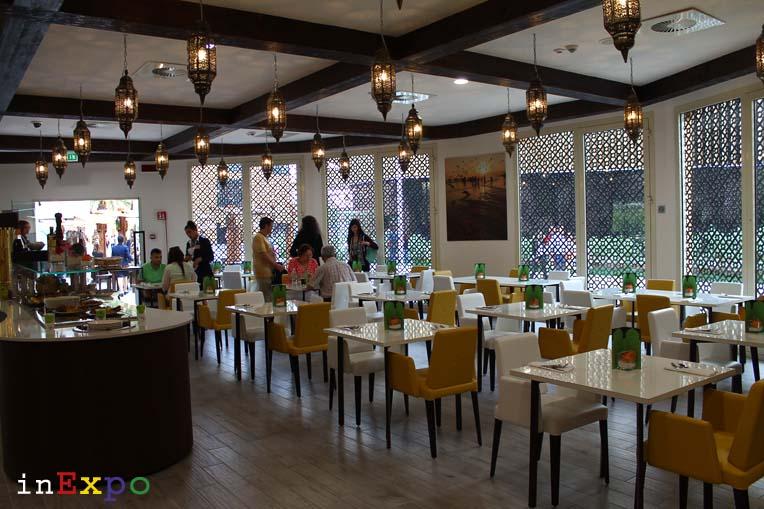 sala interna ristorante omanita in Expo