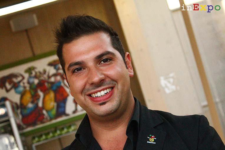 Mattia Valentino restaurant manager e sommelier ristoraante angolano in Expo