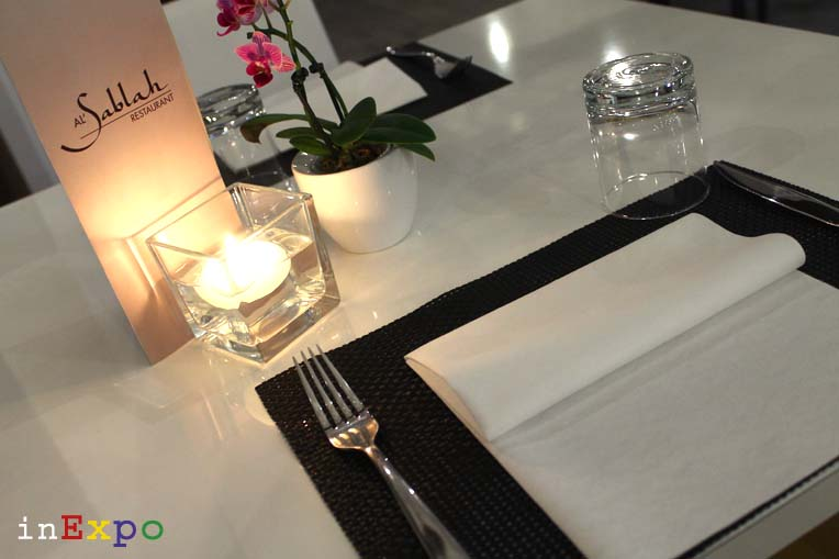 mise en place ristorante omanita in Expo