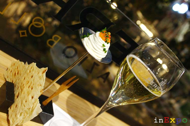 Aperitivo Maximum brut Ferrari Spazio Bollicine in Expo