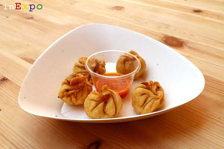 Mo-mo fritti ristorante nepalese in Expo