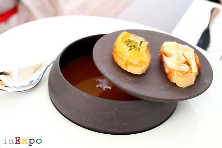 zuppa di pesce Café des Chefs in Expo