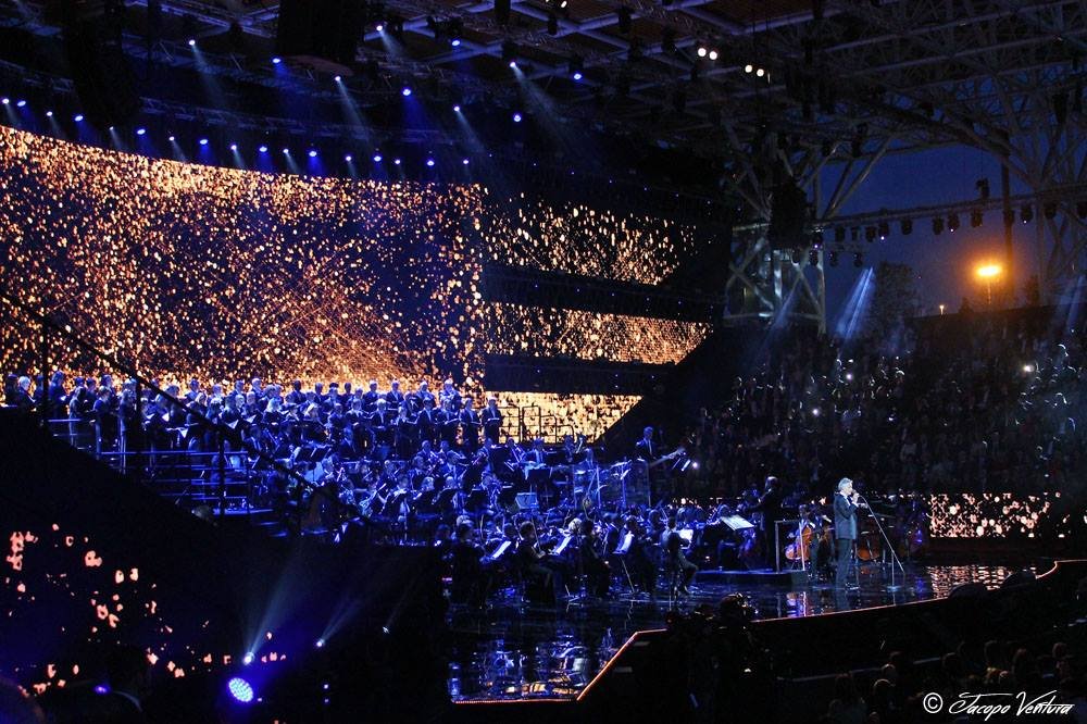 Bocelli and Zanetti night - Andrea Bocelli canta Nelle tue mani