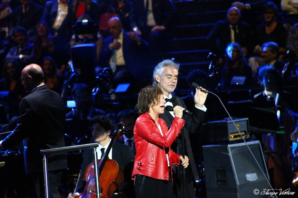 Bocelli and Zanetti night - Gianna Nannini canta Notti magiche con Andrea Bocelli
